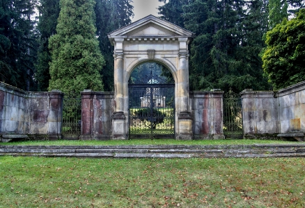 Hrobka Kleinů, Sobotín