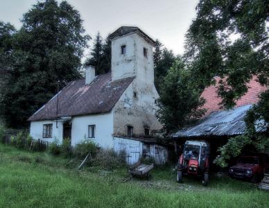Zámek Hlavňovice