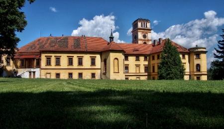 Zámek Nalžovské Hory