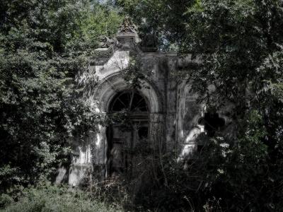 Hrobka v Kanicích_1