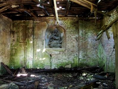 Hrobka v Kanicích_3