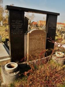 Židovský hřbitov Holešov_80