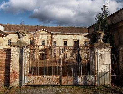 Zámek a park Veselí nad Moravou