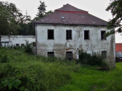 Zámek Hlavňovice_5
