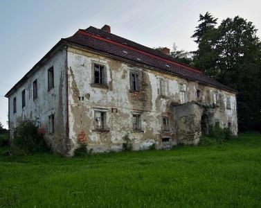Zámek Hlavňovice_7